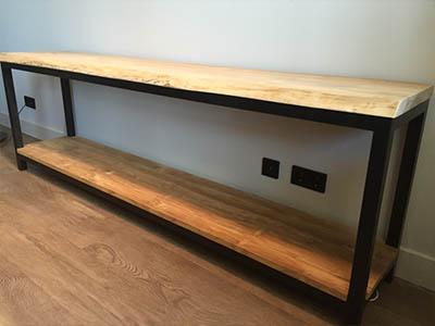 Side table teak hout met stalen frame 172103